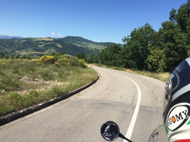 italiainpiega-pieghe meravigliose-itinerari moto centro italia-parco regionale dei sassi di roccamalatina