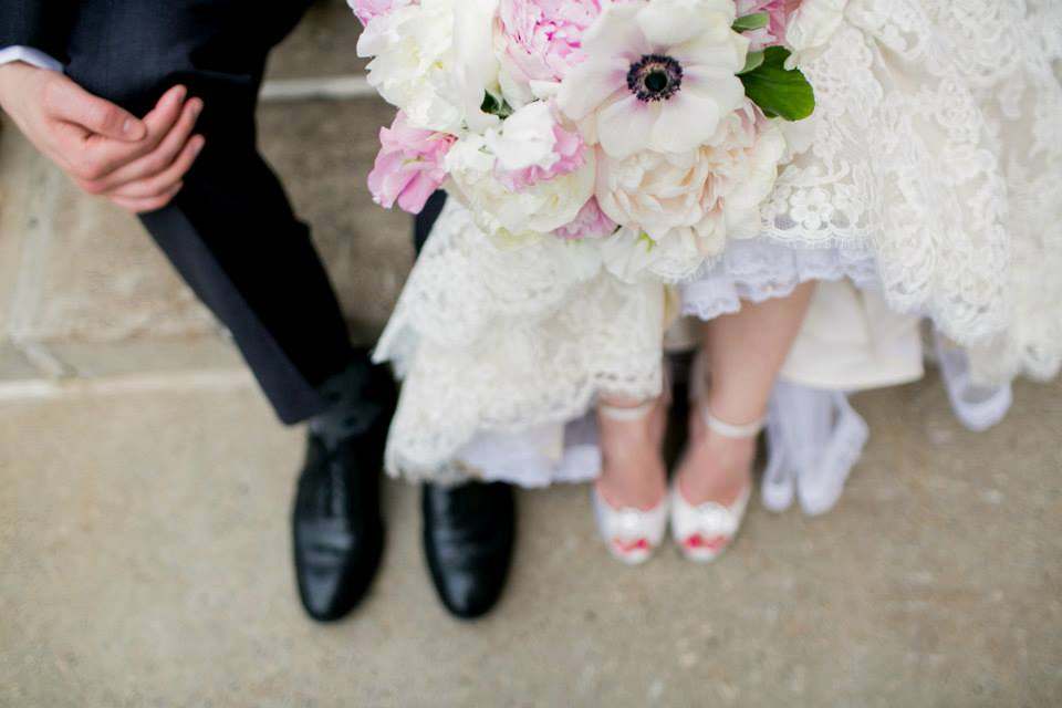 Spring Wedding: Lindsey & Rob | MN Boat Club