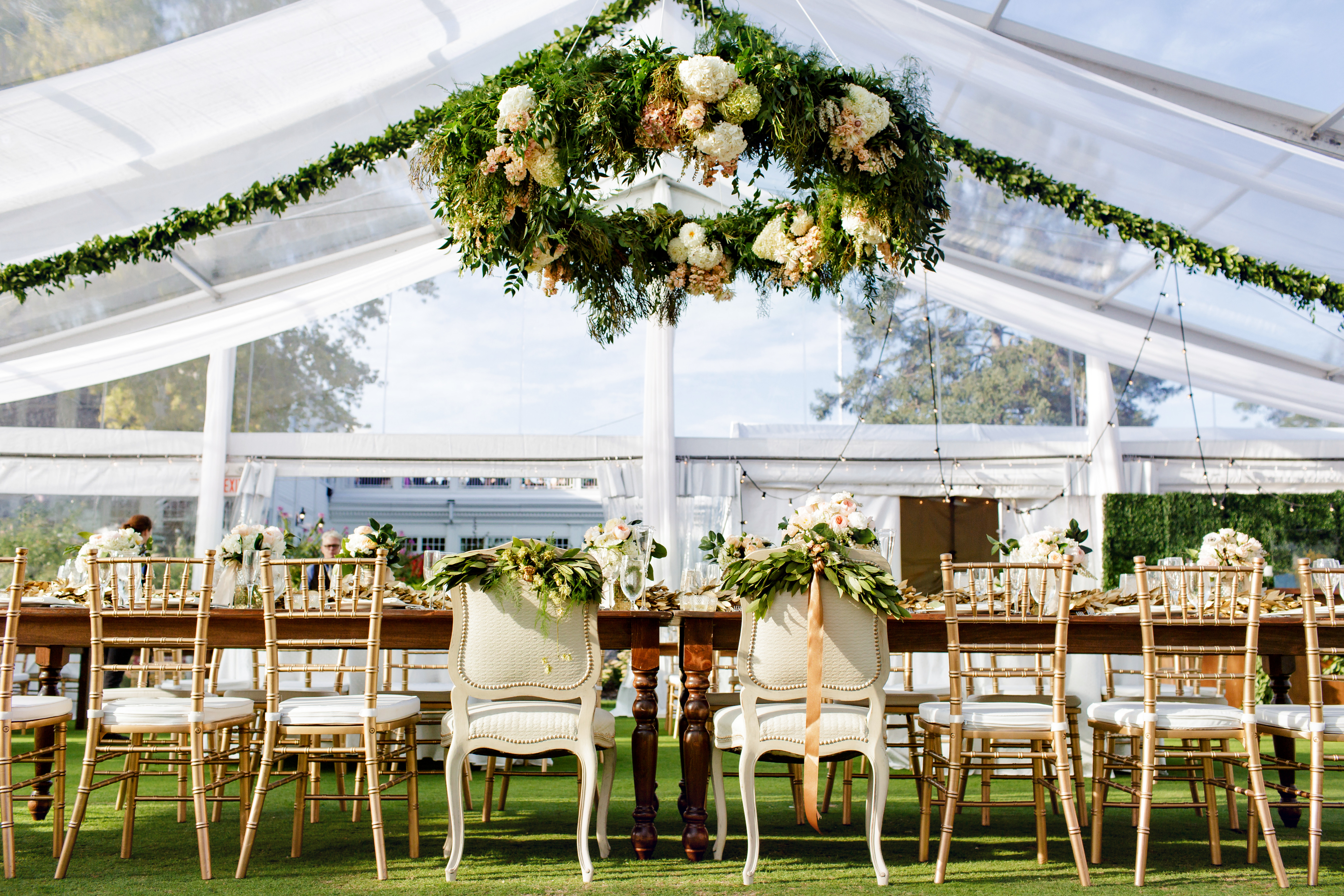 Summer Lakeside Wedding: Sara & Neal | Minikahda Club, Minneapolis