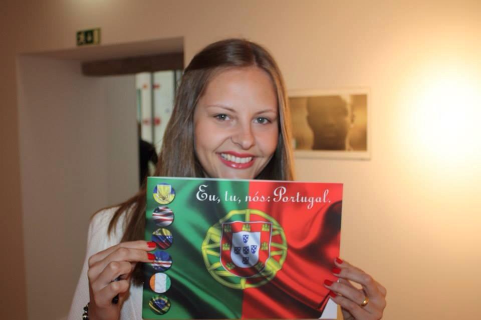 A jornalista gaúcha Kamila Urbano, idealizadora do Eu, tu, nós: Portugal. Crédito: Divulgação