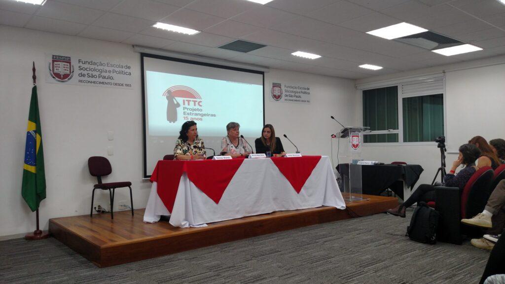 Evento marcou a celebração dos 15 anos do Projeto Estrangeiras. Crédito: Rodrigo Borges Delfim/MigraMundo