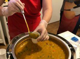 """Soup Joumou, do Haiti, também conhecida como """"Sopa da Liberdade""""."""
