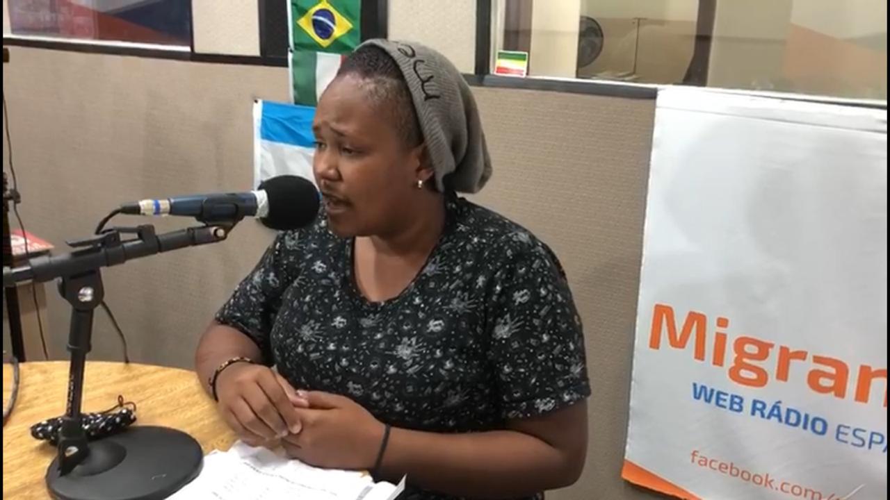A venezuelana Abril, que sonha em voltar a ser cantora no Brasil