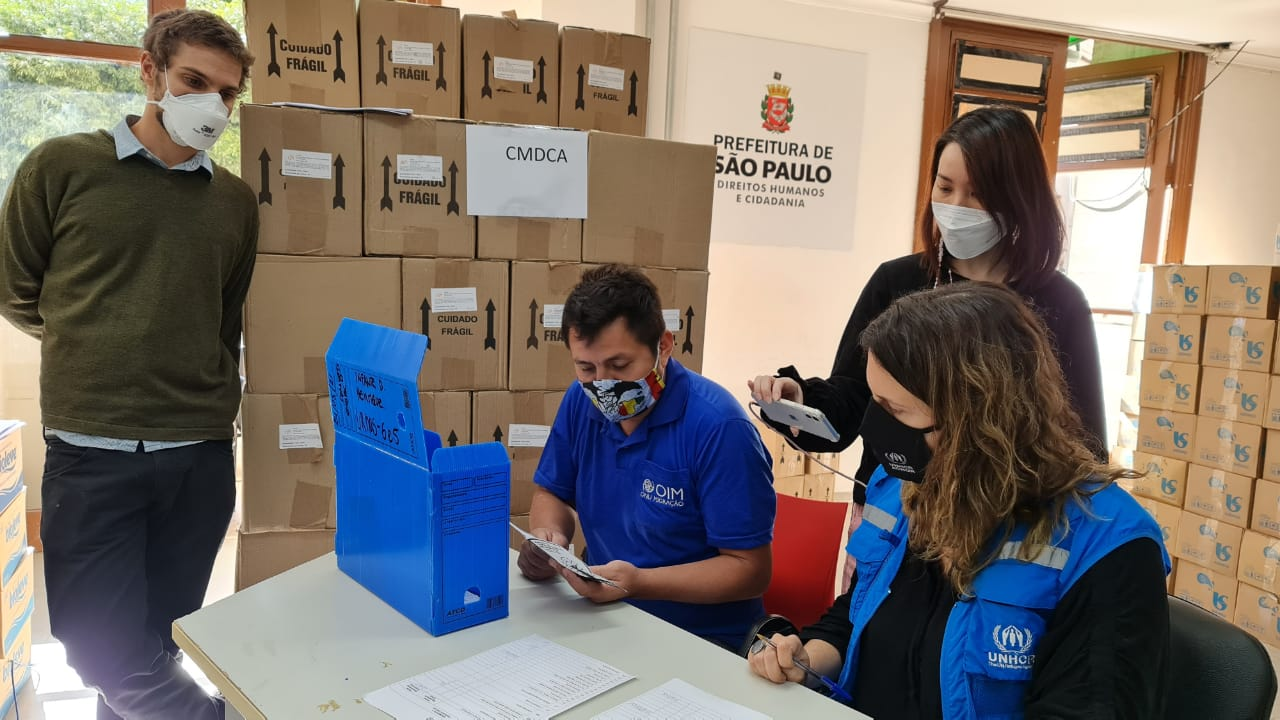 Apuração dos votos para oConselho Municipal de Imigrantes, que foi transmitida pela internet