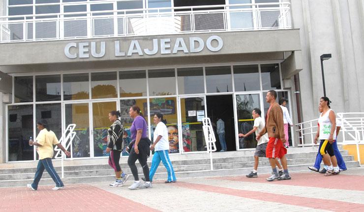 Fachada do CEU Lajeado, na zona leste de São Paulo, antes da pandemia