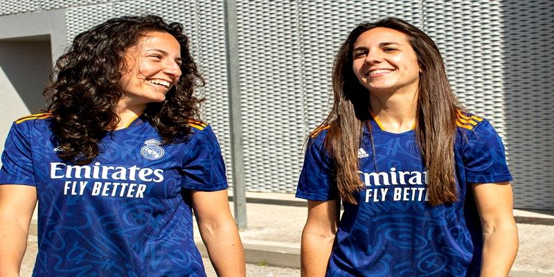 NOTICIAS | El Real Madrid presenta la segunda camiseta de la temporada 2021-22