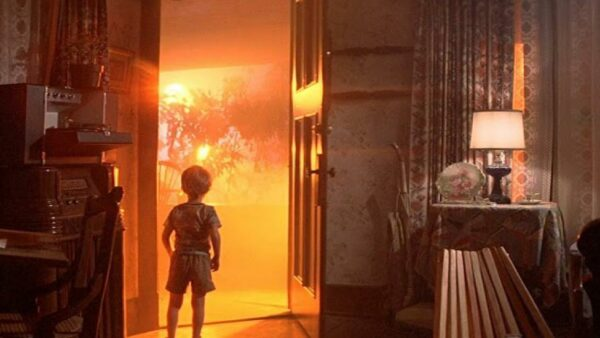Steven Spielberg directed Close Encounters of the Third Kind 1977 Movie
