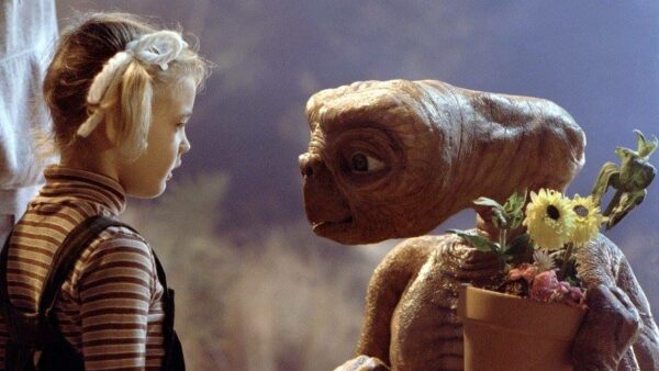 Steven Spielberg Flick E T the Extra Terrestrial 1982