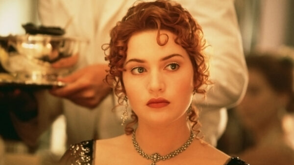 Kate Winslet as Rose Dawson