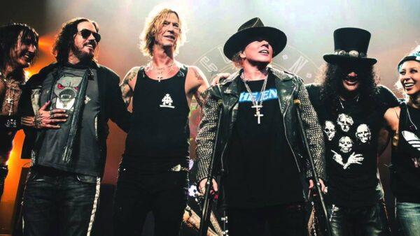 Slash and Duff McKagan Rejoins Guns N Roses 2016