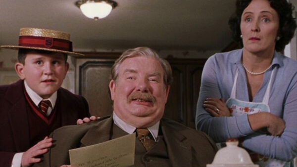 Dumbledore Visits the Dursleys