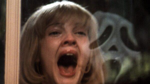 best horror movie opening scenes Scream (1996)