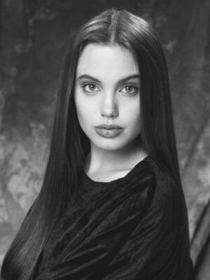 Angelina Jolie High School Picture