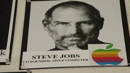 Ways Steve Jobs Revolutionized The Computer Business