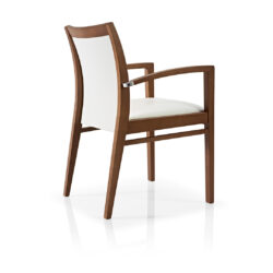 Smith Armchair – Classic