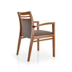 Smith Armchair – Elegant
