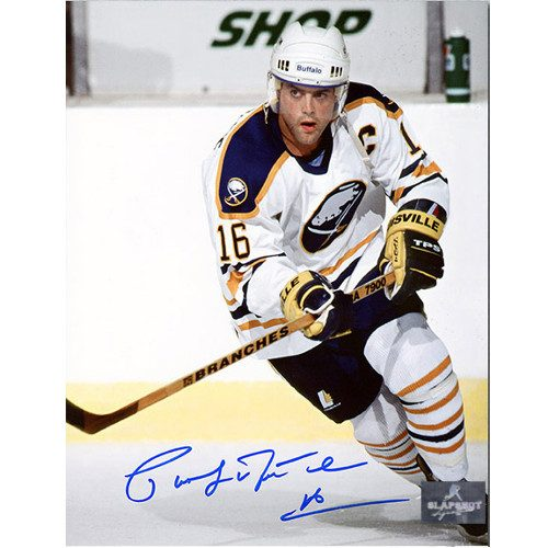 Pat LaFontaine Captain Buffalo Sabres Autographed 8x10 Photo