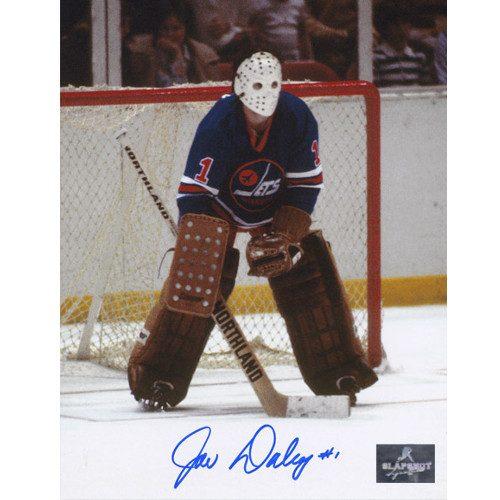 Joe Daley WHA Goalie-Winnipeg Jets Autographed Classic 8x10 Photo