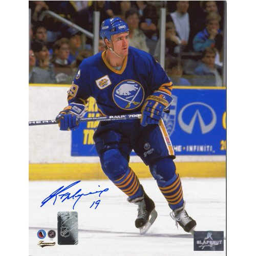 Kevin Maguire Buffalo Sabres Autographed Skating 8x10 Photo