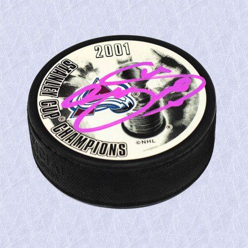 Joe Sakic Colorado Avalanche Autographed 2001 Stanley Cup Champion Hockey Puck