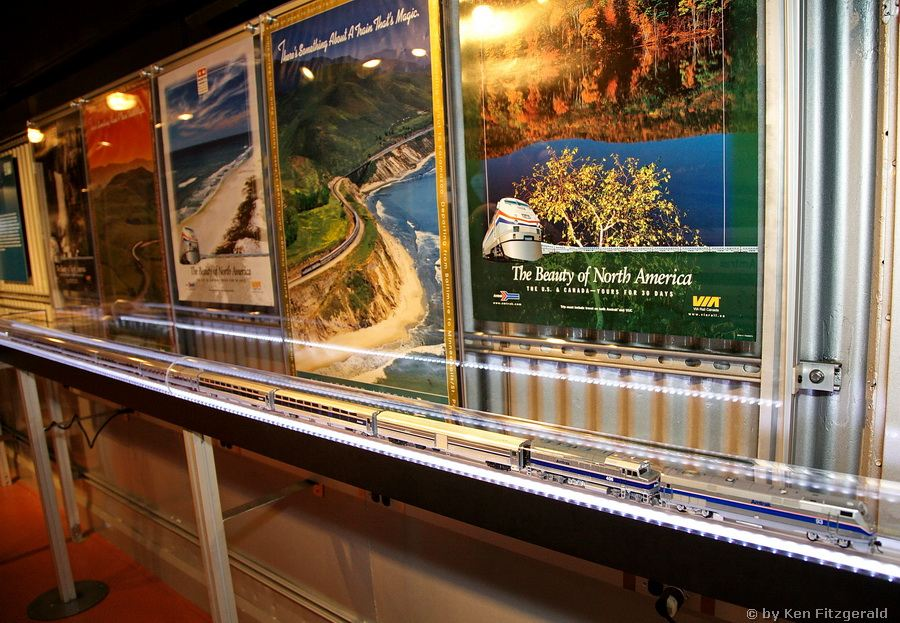 Amtrak_40th_Anniversary_Train_Fort_Worth_TX_01-08-2012_12