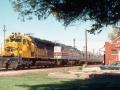 ATSF_5504_AMTK_Train_15_Norman_OK_04-09-77