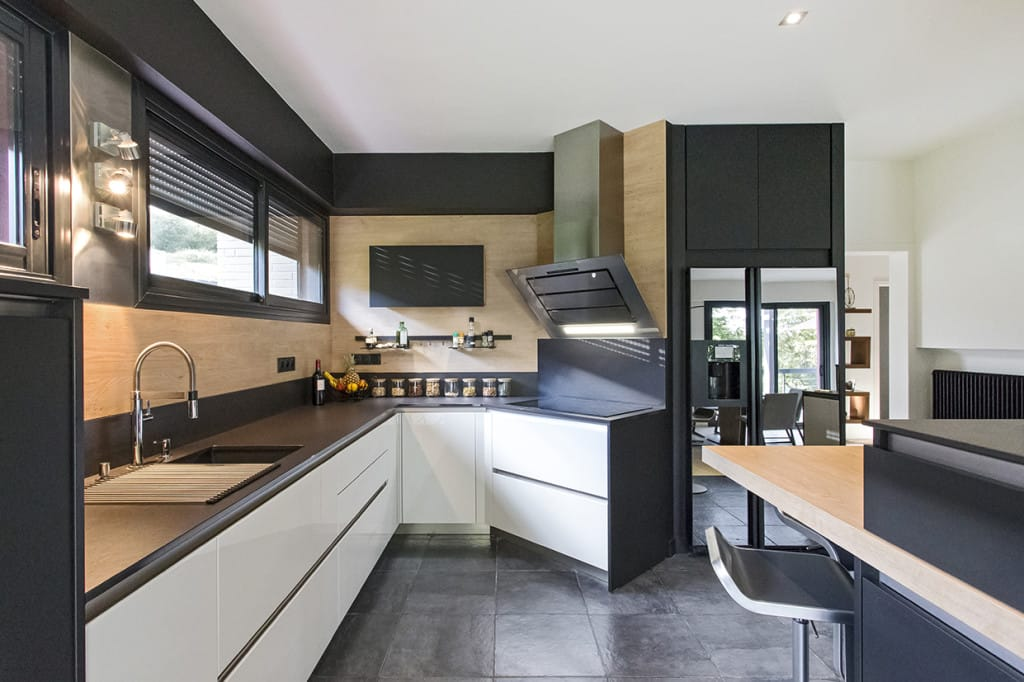 Dekton® Kitchen Worktops (1)