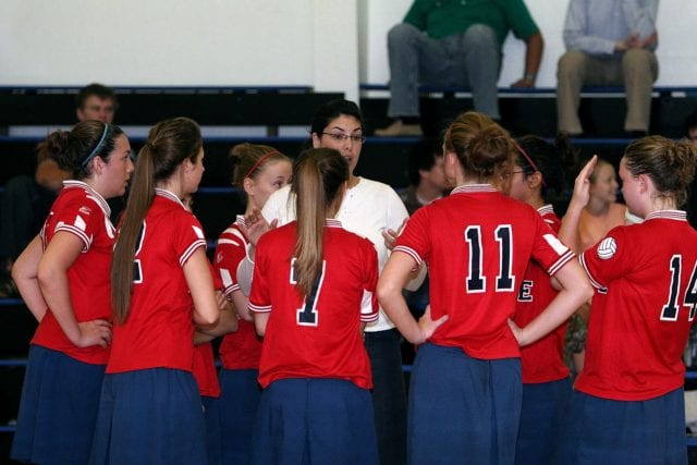 volleyball-team-1586522_1920