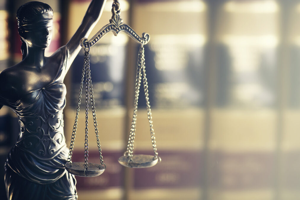 Should You Hire a Personal Injury Lawyer?