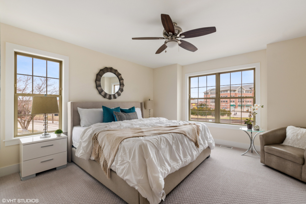 Elm Street Place Luxury Townhome Rentals Deerfield IL - Master Bedroom