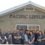 Volunteers-in-fronf-of-PLL-office