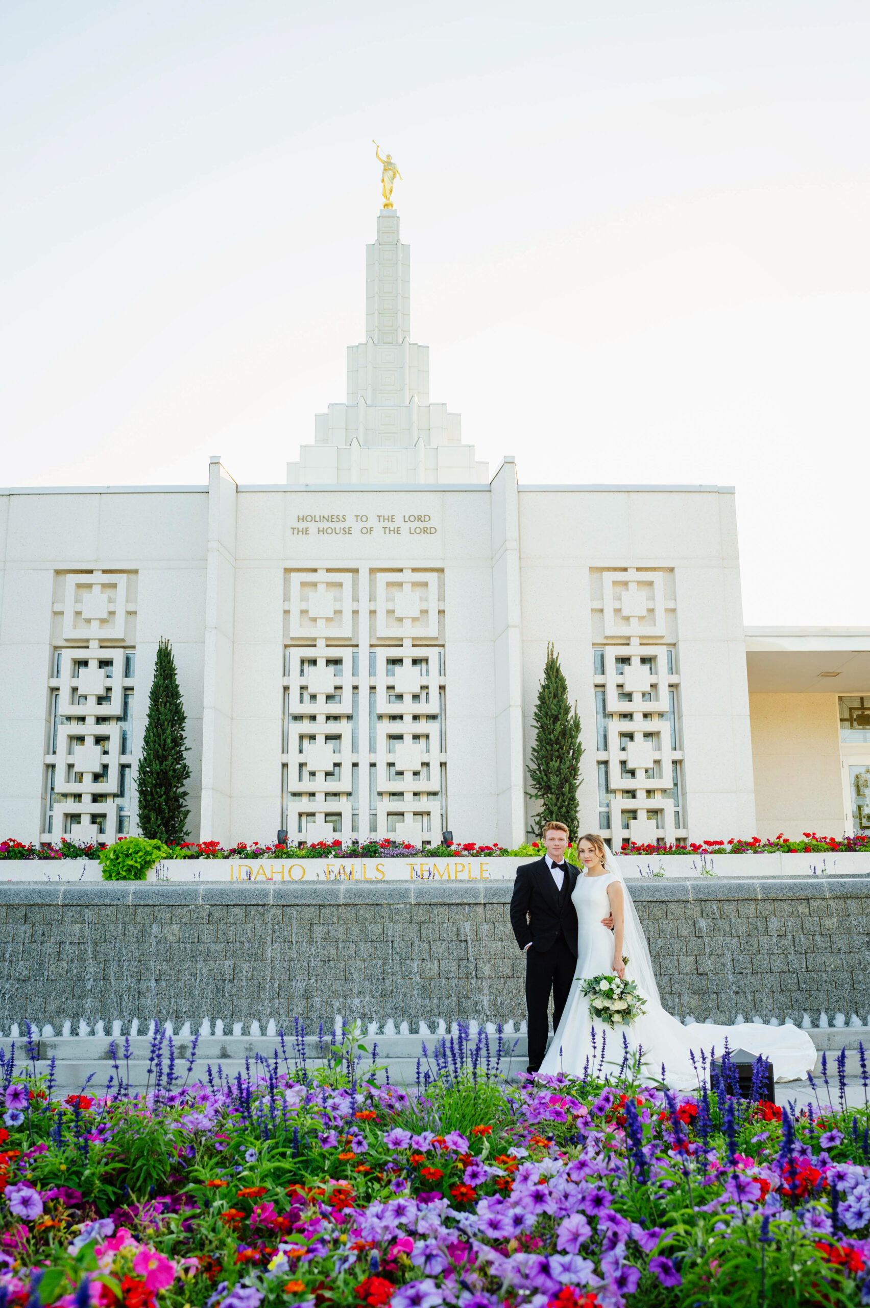 Tommy + Presli: Idaho Falls Temple Wedding Formal Session
