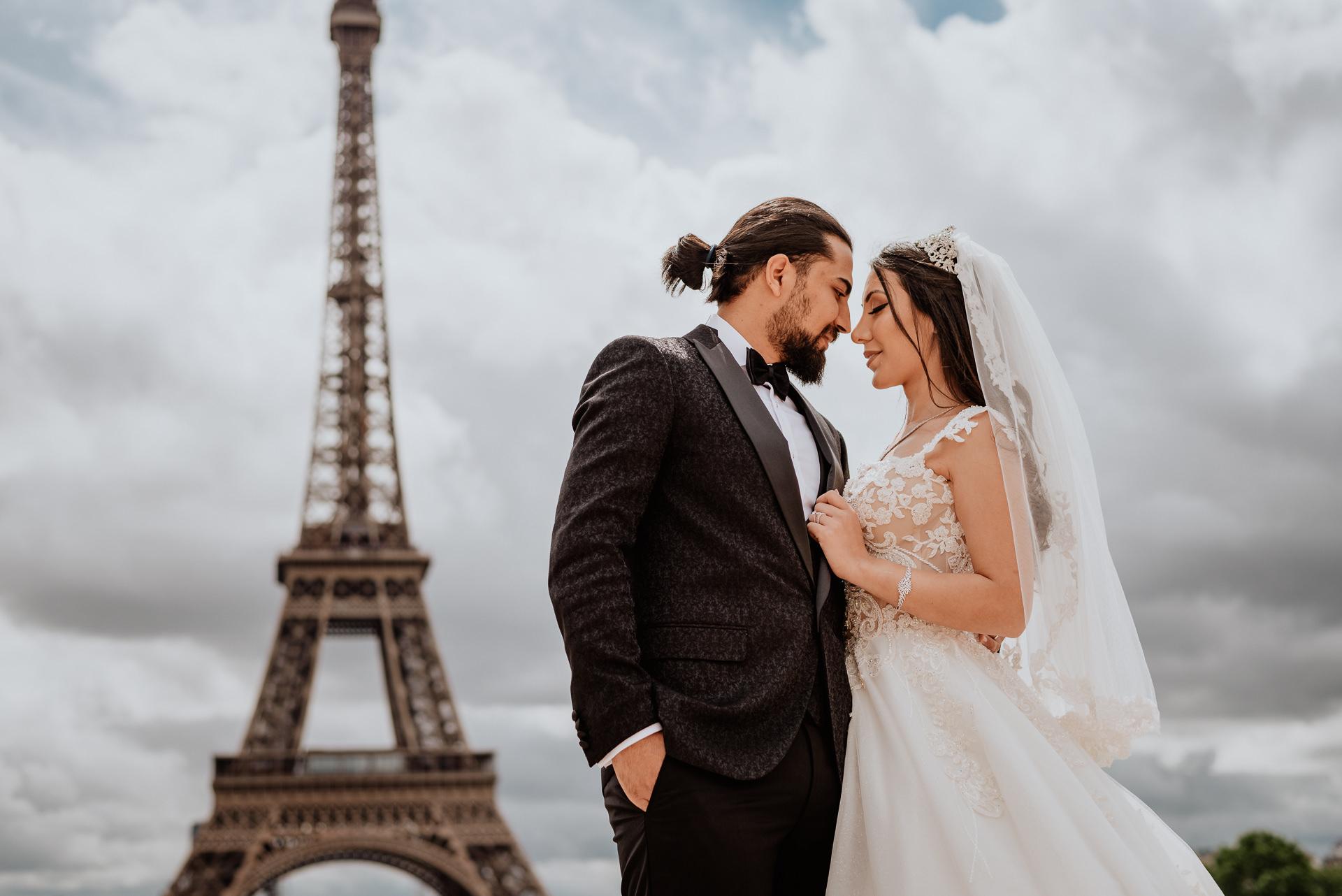 paris wedding proposal photoshoot