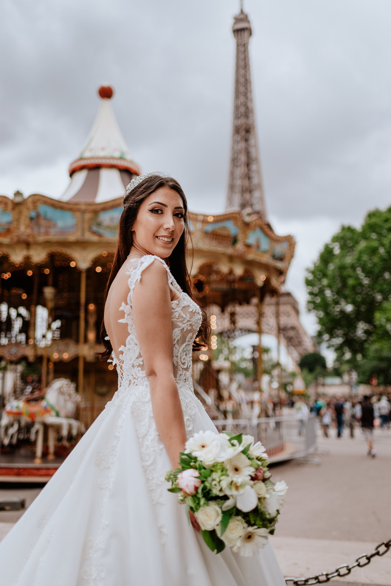 PAris wedding dress designers