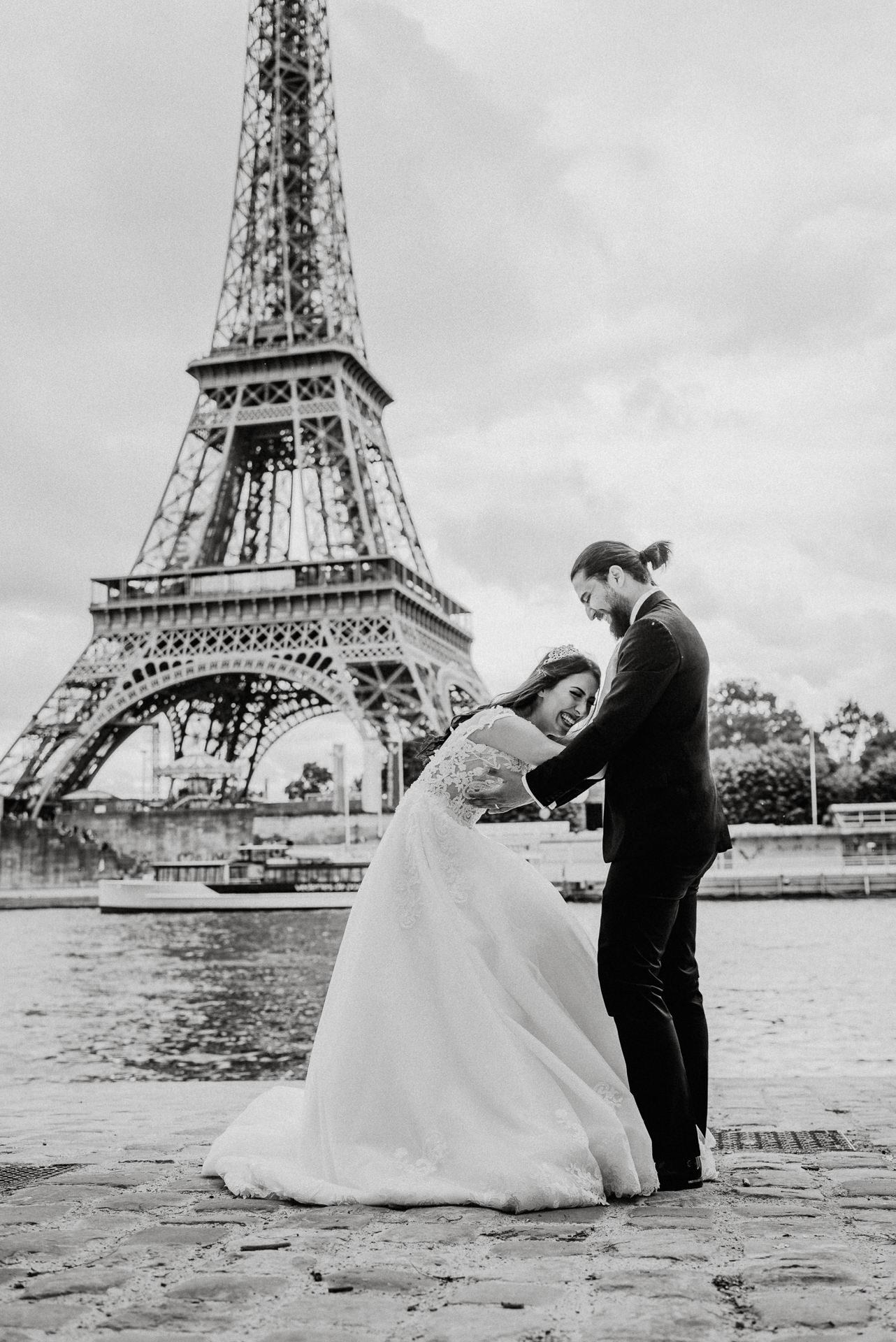 Eiffel tower wedding proposal photo shoot