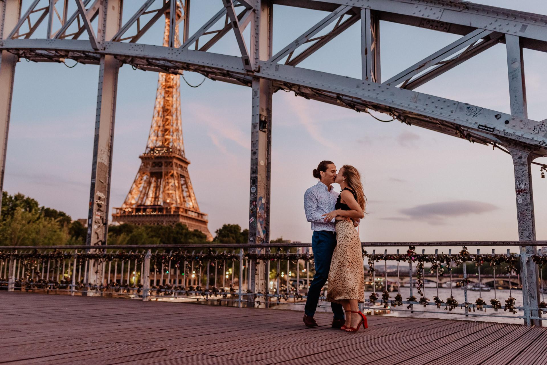 Paris wedding proposal eiffel tower photographer