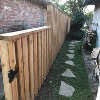 cedar shadowbox fence missouri city