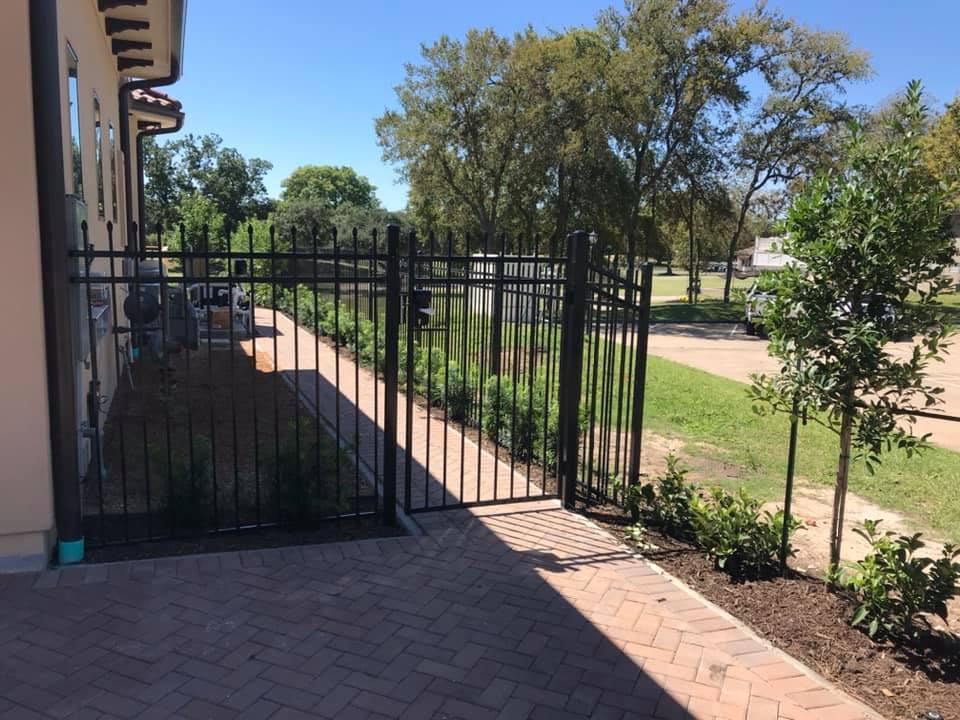ameristar custom gate