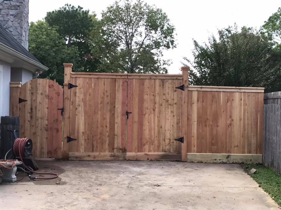 custom cedar gates friendswood
