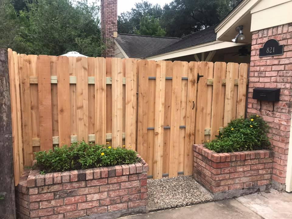 shadowbox breezeway fence