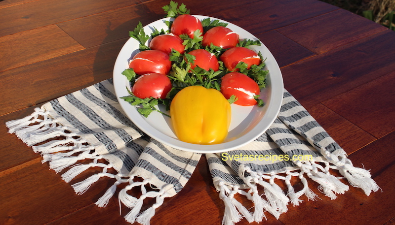 tulip-tomato-tomatoes-cheese-garlic-appetizer-salad-bell pepper