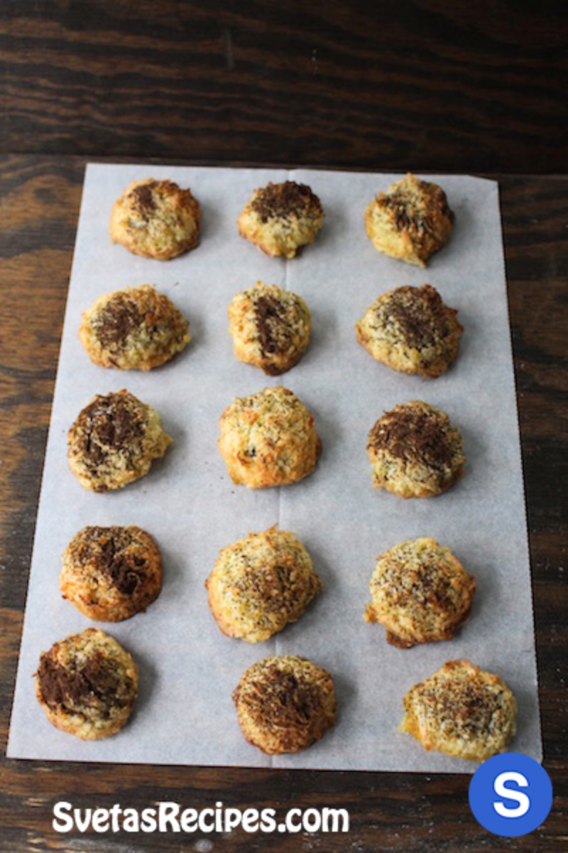 Poppy Seed Coconuts