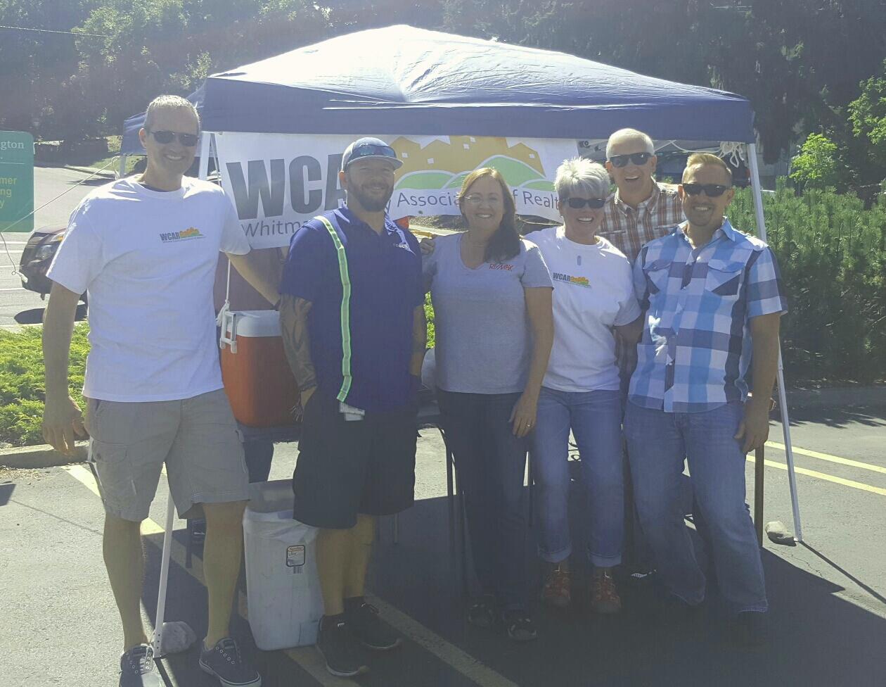 WCAR Shred Day Volunteers: Joe Pitzer, Mr. Shred Guy, Kris finch, Lynda Darnell, Keith Kincaid & Jeff Baldwin. Not pictured: Alan Hodges & Amy Honeywell.