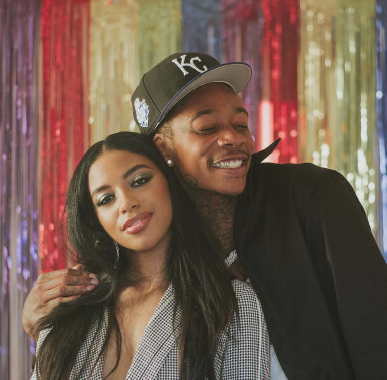 """[Watch] Ayanis Drops Off Steamy New Video For """"One Night"""" feat. Wiz Khalifa"""