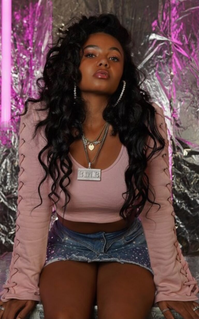 """Brooklyn Queen Reigns As Top Teen Female Rapper With Newly Released """"Poke It Out"""""""