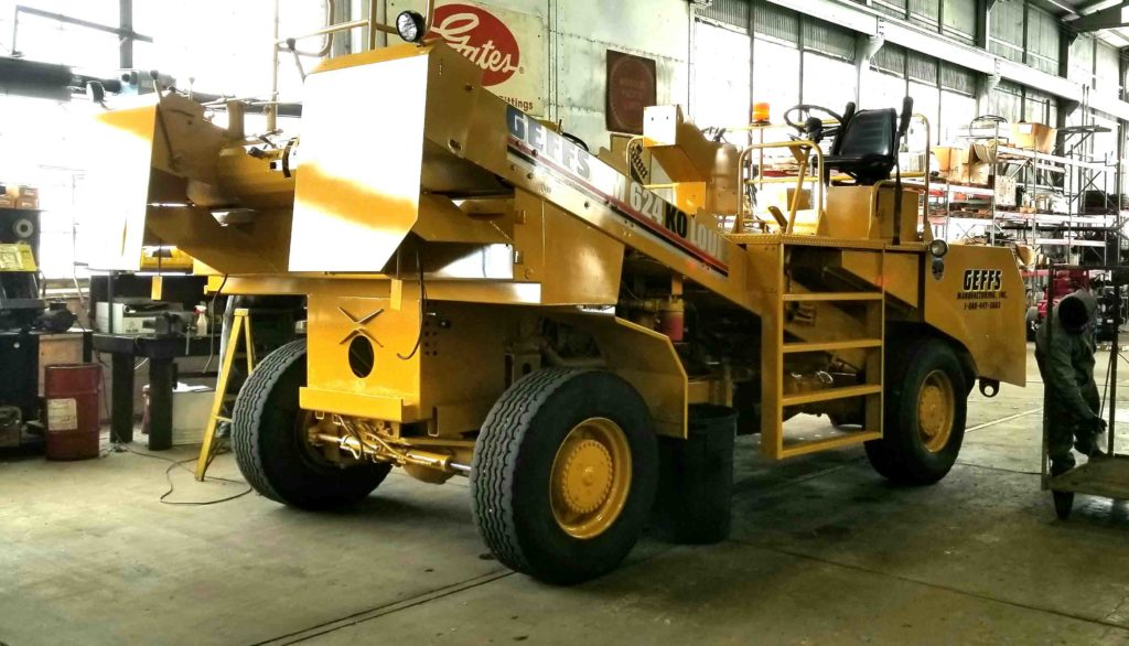 image of used chip spreader bm 624 yellow