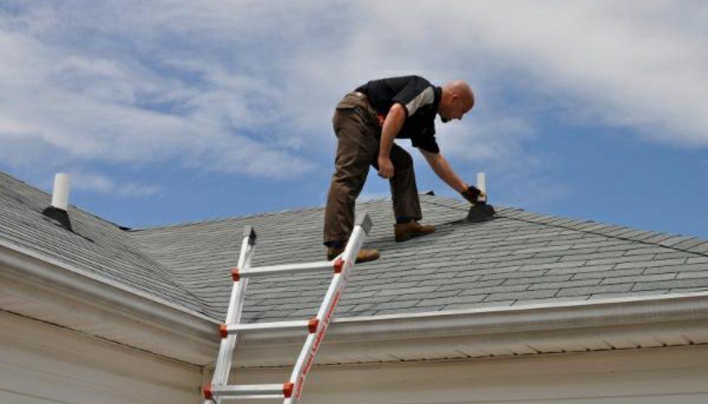 Inspecting asphalt shingle roof