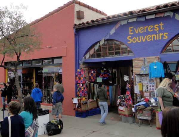 Everest Souvenires
