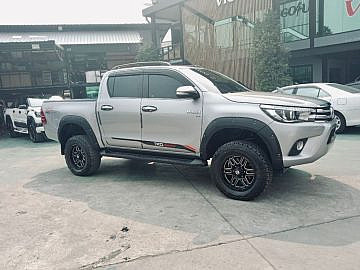 2017 Hilux Revo with Lift Kit