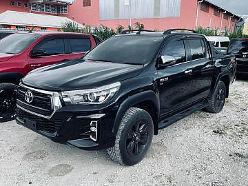 2017 Toyota Hilux Revo G with 2020 Facelift
